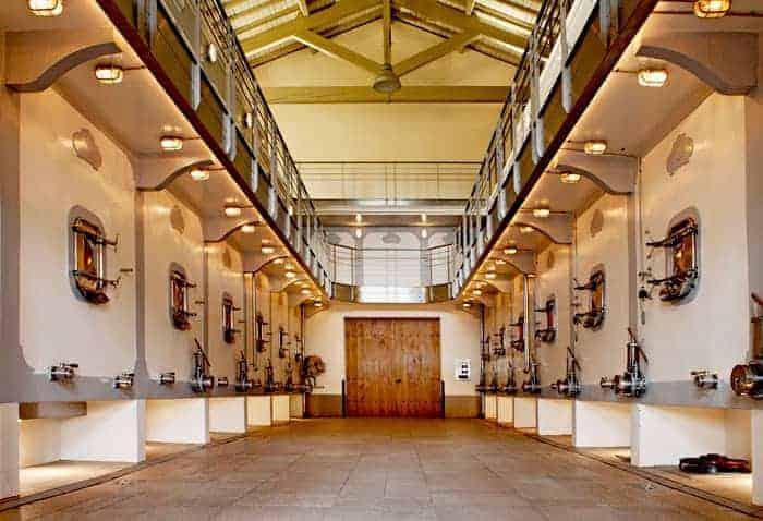 Chateau Tauzinat Hermitage wijnkelder Wijnhandel Smit