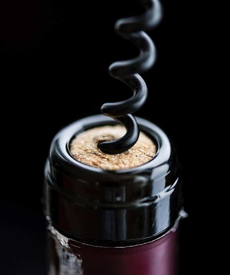 Wijnproeverij openen fles Wijnhandel Smit